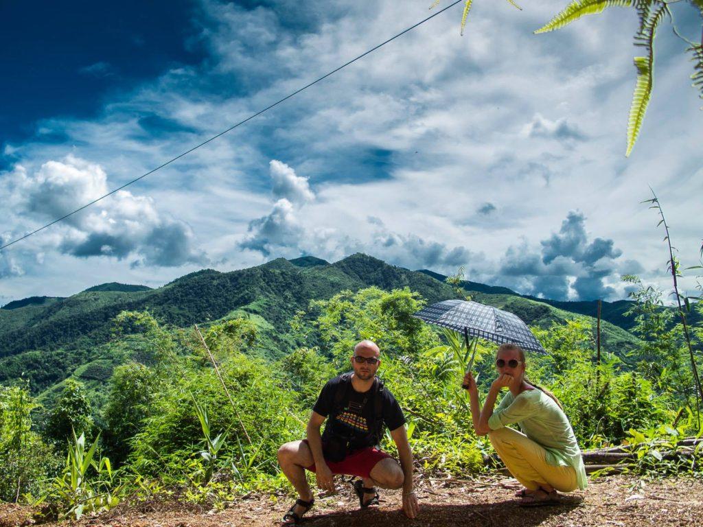 Lucie s manželem v Laosu